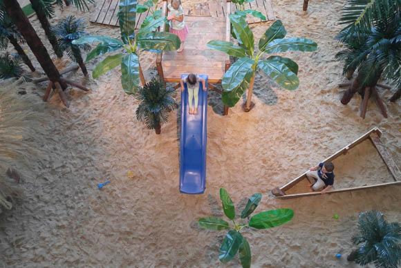 Atrakcje na imprezy: 1m mobilna tropikalna plaża