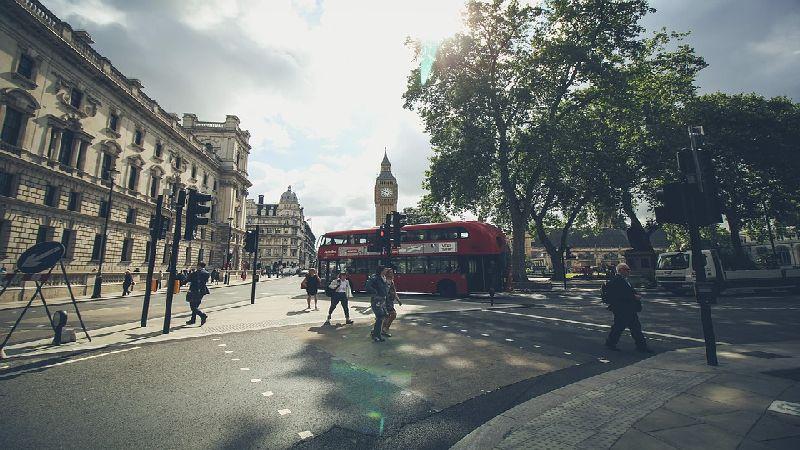 Wynajem autobusu w stylu angielskim