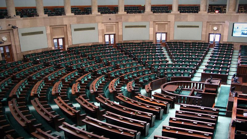 Symulacja Parlamentu - gra integracyjna
