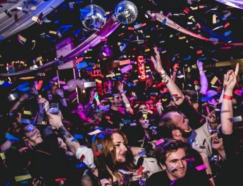 Impreza w stylu subkulturowym