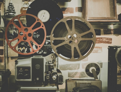 Firmowa impreza w stylu filmów z dawnych lat