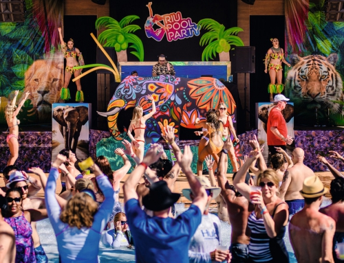 Dżungla na scenie, czy dżungla w całym pomieszczeniu?