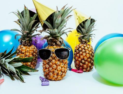 Impreza urodzinowa w tropikalnym stylu