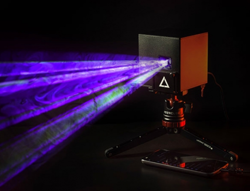 Kule laserowe jako główna atrakcja scenografii