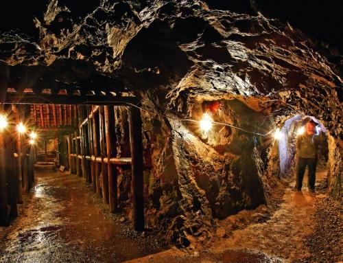 Szkolenie firmowe połączone ze zwiedzaniem podziemnych wodospadów – Złoty Stok