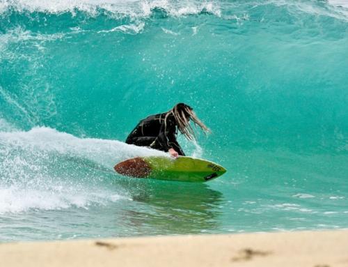 Zabawa z Skimboard Surfer