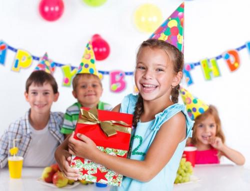 Porozmawiajmy o jubileuszach najmłodszych – dlaczego kultywowanie okazji jest ważne dla dzieci?