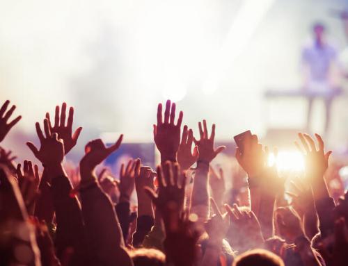Organizacja koncertu w czasie wakacji letnich